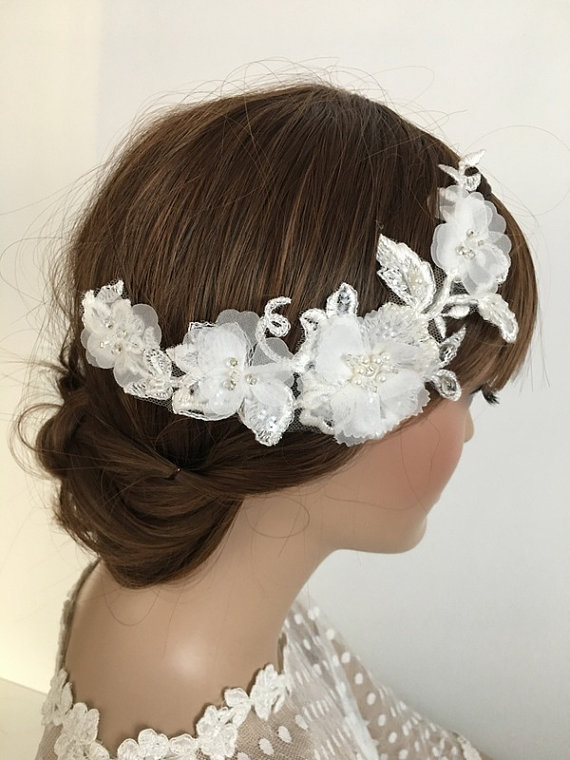 Wedding - Bridal Lace Hair Comb, ivory 3D Floral Wedding Headpiece, Bridal Lace Fascinator, Lace hair, Wedding Hair, Bridal Hair, Accessories