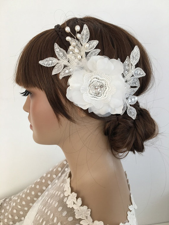 Wedding - Bridal Lace Hair Comb, 3D Floral Wedding Headpiece, Bridal Lace Fascinator, Ivory pearl Comb, Wedding Hair, Bridal Hair, Accessories