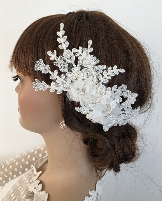 Wedding - Bridal Lace Hair Comb, Floral Wedding Headpiece, Bridal Lace Fascinator, Ivory pearl Comb, Lace hair, Wedding Hair, Bridal Hair, Accessories