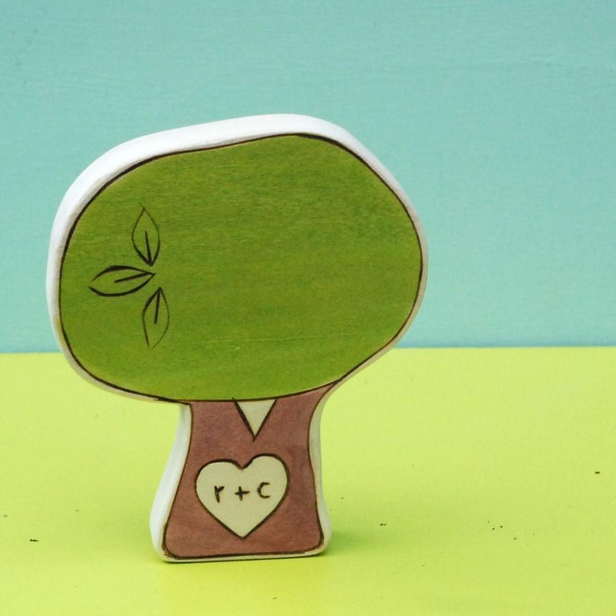 زفاف - Personalized Cake Topper, Anniversary Gift, Sweetheart Tree, Four Inch