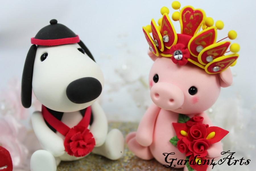 Düğün - Custom wedding cake topper - Love dog & piggy couple with circle clear base - Chinese Zodiac