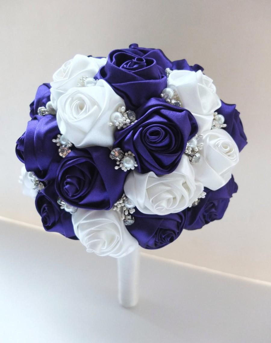 Свадьба - Satin Rose Bouquet, Purple & White Satin Rose Bouquet, accented with rhinestone (Large, 9 inch)