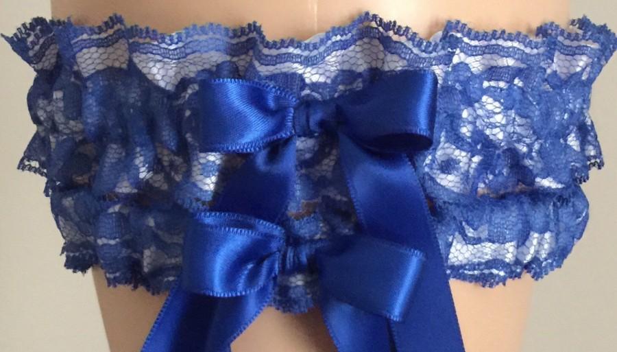 Свадьба - Royal Blue Lace and White Wedding Garter Set, Bridal Garter Set, Prom Garter, Lace Garter, Bridal Shower Gift, Custom Garter, Wedding Garter