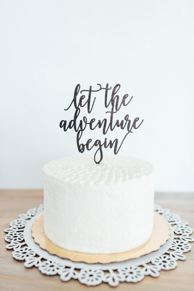 Mariage - Let The Adventure Begin Cake Topper