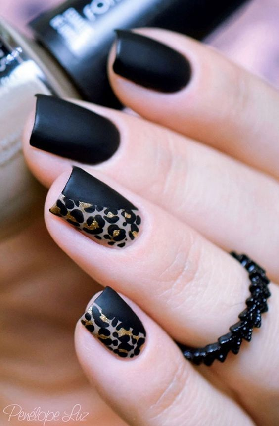 Wedding - Black nail art