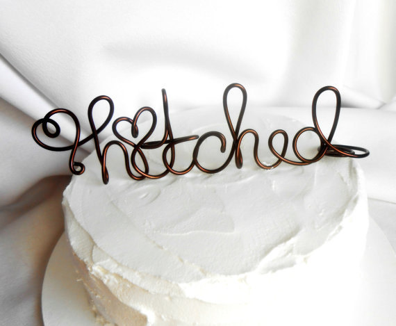 Свадьба - Rustic Decorating Cake Topper, Hitched, Custom  Colors