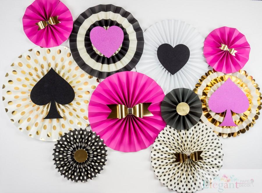 Mariage - Kate spade inspired Pinwheel Backdrop,Paper Rosette, Birthday decoration, Giant paper Flowers,  paper fan backdrop, baby shower, wedding