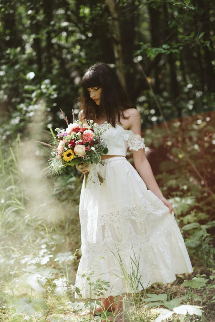زفاف - Bridal Crop top and Bridal Petticoat skirt set, tiered lace skirt, wedding crop top, 2 piece prom dress