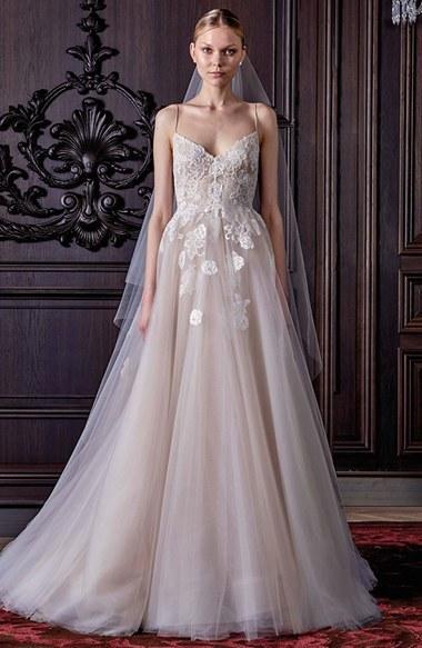 Mariage - Women's Monique Lhuillier 'Severine' Chantilly Lace & Tulle Gown
