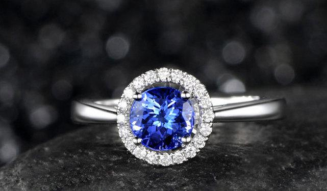 Свадьба - 1.01ctw Round Tanzanite Engagement ring,VS Diamond Promise Ring,14K White Gold,Halo Bridal Ring,wedding band,Blue Gemstone ring,3A Stone