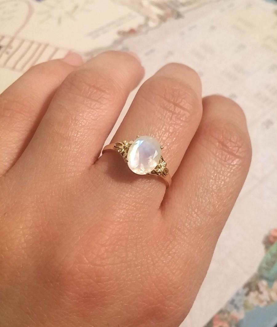 Свадьба - Oval moonstone silver ring, moonstone engagement ring, Vintage style ring, moonstone gold ring, moon stone ring, Oval Gemstone Ring, gift.
