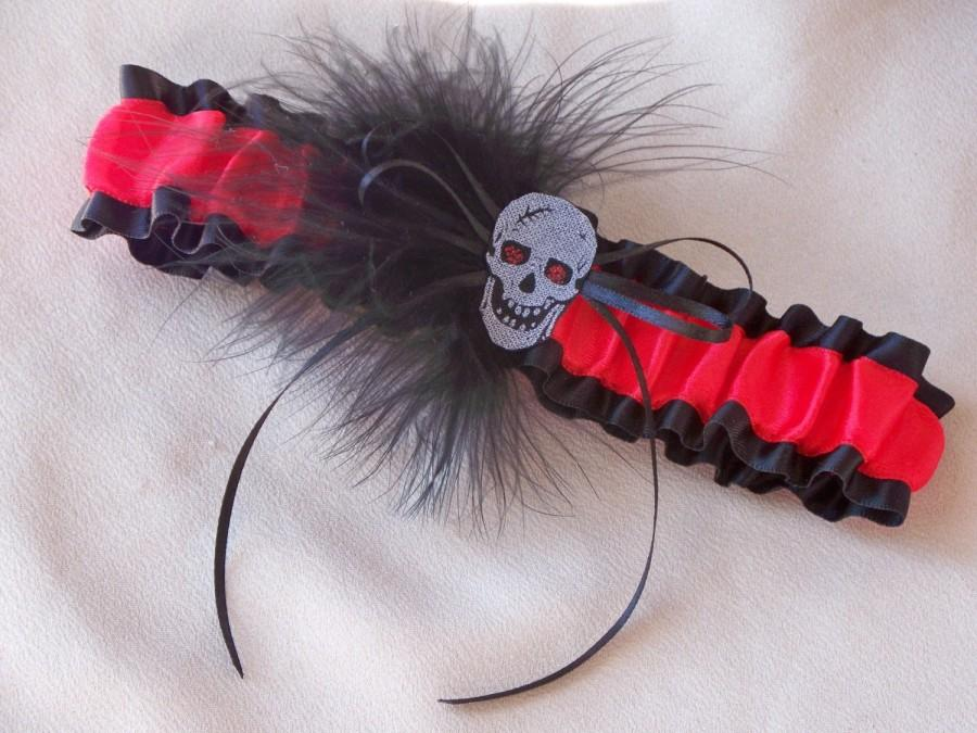 Wedding - Gothic Wedding Garter Skull Black Red Feather Double Looped Punk