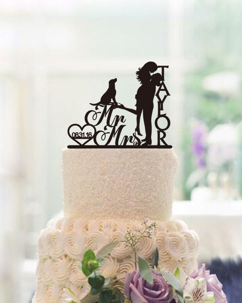 Mariage - Silhouette Cake Topper with Dog,Mr and Mrs Cake Topper,Wedding Cake Topper,Personalized Mr Mrs Last Name Cake Topper,Heart Cake Topper