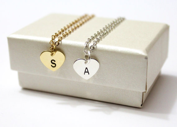 Свадьба - Initial Heart necklace hearth necklace,, Bridesmaid Gift, Holiday Gift,Birth day gift, Initial necklace, Best Friend