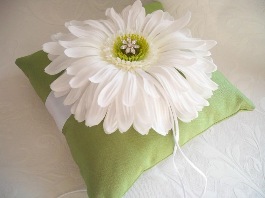Mariage - Lime Green and White Gerbera Daisy Wedding Ring Pillow with Rhinestone Charm by Creations of Love 4 Brides