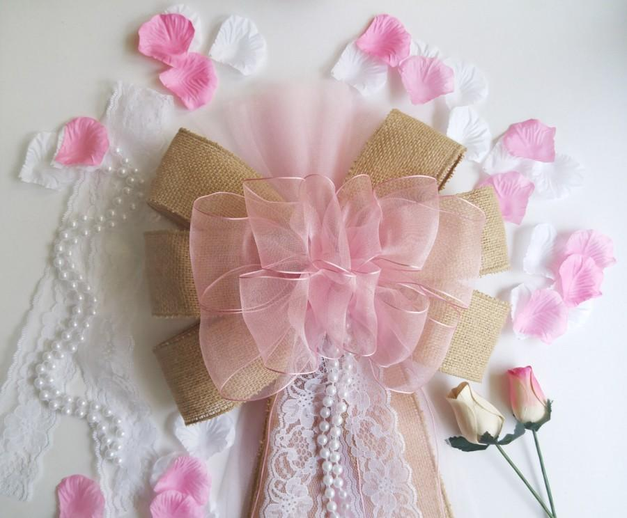 Свадьба - Pink Burlap and Lace Bow with Pearls -Burlap and Lace Wedding-Pew Bow-Rustic Wedding Decor-Farmhouse Wedding Decor-Country Wedding Decor