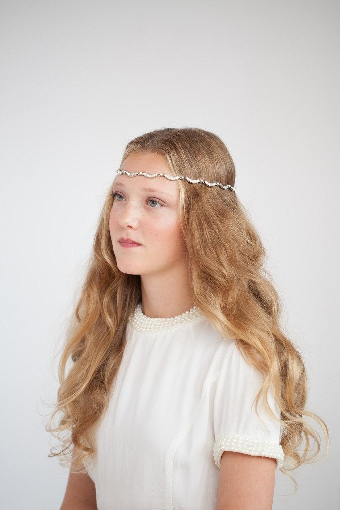 Свадьба - Bohemian Forehead Chain Bridal Headpiece with silver crystal- Rose Red Rose White UK