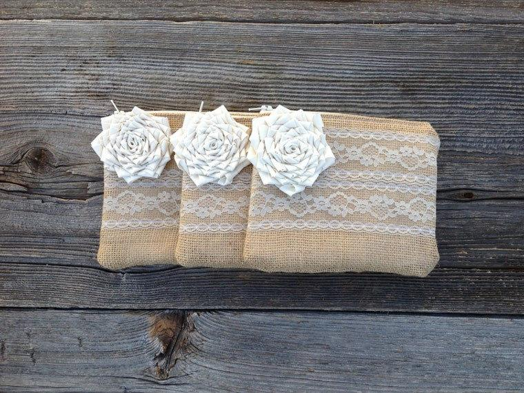 Hochzeit - 3 Burlap and Lace Wedding Clutches, Summer Wedding, Flower Girl Purse, Maid of Honor Gift, Bridal Party Gift, Country Western Wedding Bag