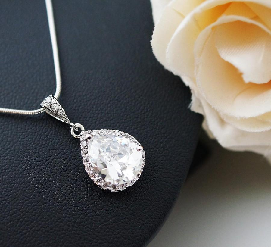 Свадьба - Luxurious Cubic Zirconia Tear drop Necklace Wedding Jewelry Bridal Jewelry Bridal Necklace Bridesmaid necklace Bridesmaid gift groom mother