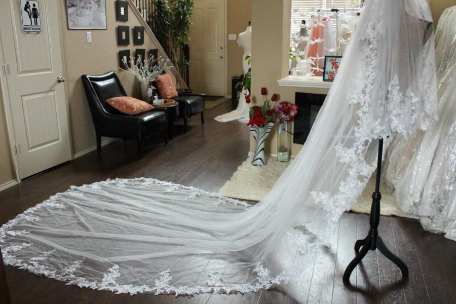 Wedding - Beaded Lace Veil / Sparkling Cathedral Veil / Sparkling Beaded Trim Lace Veil / Bridal Accessories / 2 Tiers Scallop Lace Veil With Comb