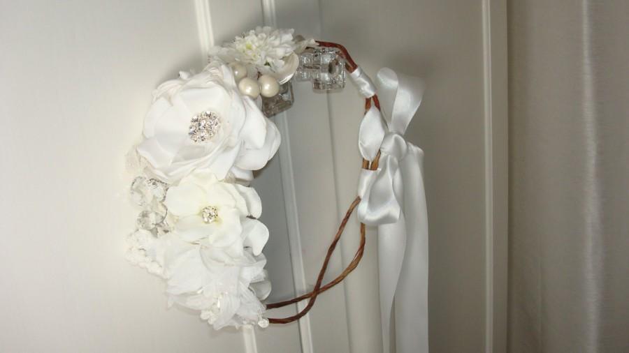 Hochzeit - Wedding Flower Crown, Bridal Flower Crown, Flower Girl Crown, Wedding Headpiece, Maternity Photo Shoot, Maternity Halo Wreath Crown