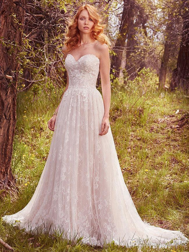 Свадьба - 2017 New Arrival Sexy Sweetheart Lace Wedding Dresses Strapless Bridal Gowns Appliques A-Line Wedding Dress Zipper Lace Luxury Illusion Online with $162.29/Piece on Hjklp88's Store