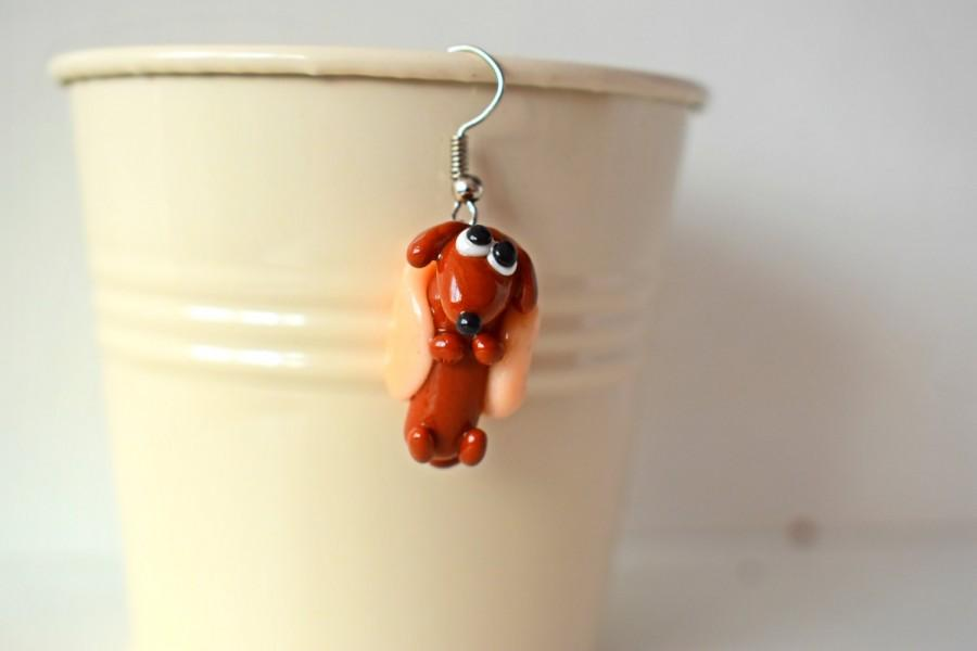 Wedding - Little Dachshund Charm in Polymer Clay - Animals Handmade , Polymer clay dachshund, Dachshund necklace , Dachshund figurine , Tiny dachshund