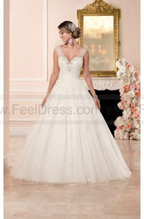 Свадьба - Stella York Ball Gown Wedding Dress With V-Neckline Style 6358