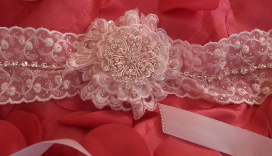 Wedding - Vintage Victorian Style Bridal White Embroidered Beaded Lace Choker Necklace Rose Crystal Rhinestone Brooch Wedding Party Costume