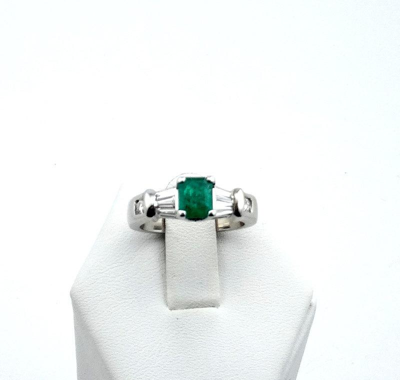 Wedding - Incredible Colombian Emerald and Diamonds in a 14K White Gold Ring  -GR1