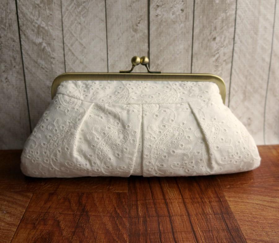 Mariage - Wedding clutch, bridal bag, cotton framed clutch, off-white clutch purse, eyelet fabric