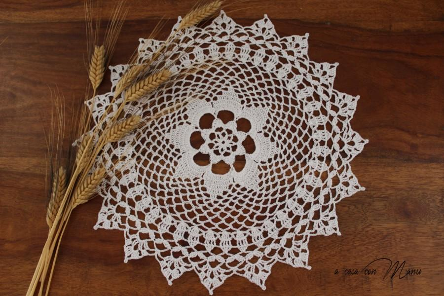 Wedding - Centrino ad uncinetto bianco, doily crocheted white, doily, crocheted, decorazione della tavola, White, idea regalo, handmade, made in Italy