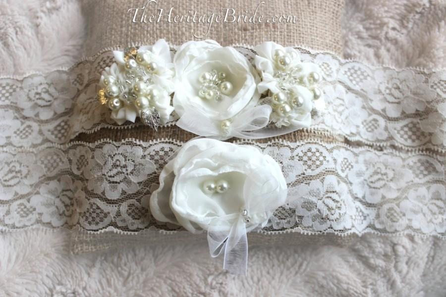 Wedding - Ivory Garter, rustic wedding garter, lace garter, burlap wedding garter, garter set, rustic wedding, white garter