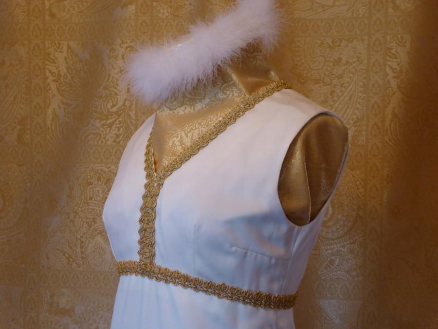 Mariage - 1960s Midcentury Modern Custom Wedding Dress / Mid-Century Silk Crepe de Chine Gown / Ivory 1960s Sheath Wedding Dress/ Empire waist
