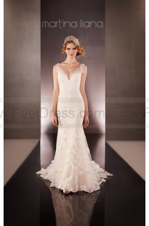 Свадьба - Martina Liana Illusion Back Wedding Dress Style 675