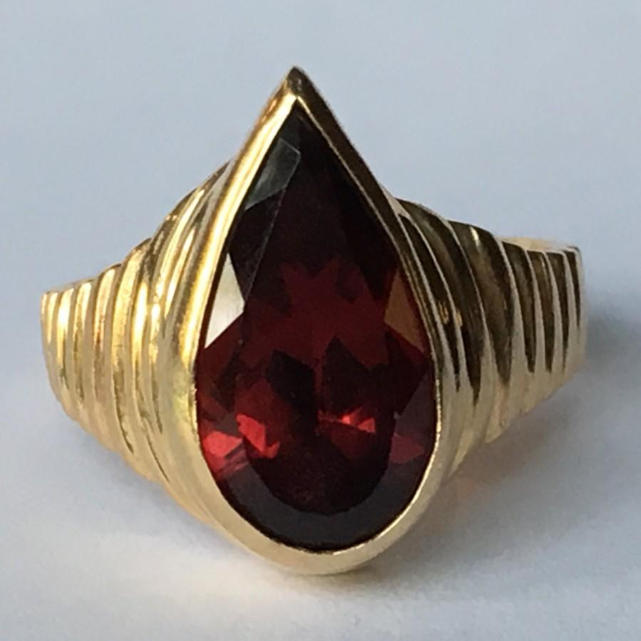 Wedding - Vintage Garnet Ring. 14k Yellow Gold Modernist Setting. Unique Engagement Ring. Estate Jewelry. January Birthstone. 2 Year Anniversary Gift.