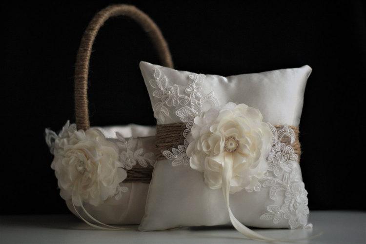 Mariage - Rustic Flower Girl Basket, Burlap Ring Bearer Pillow  Rustic Wedding Basket & Ivory Rustic Bearer Pillow, Rustic wedding pillow basket set