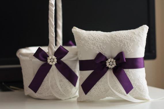 زفاف - Plum Wedding Basket & Plum Ring Bearer Pillow  Egg Plant Bearer   Plum Flower Girl Basket  Ivory Plum Wedding Pillow Basket Set