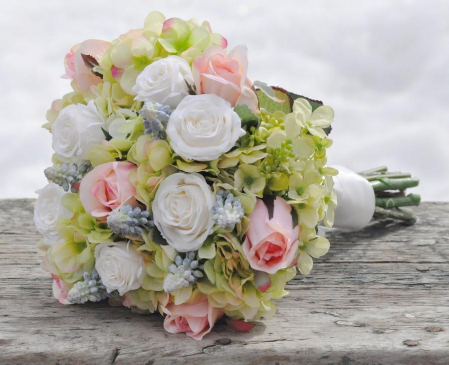 Свадьба - Silk Wedding Bouquet, Wedding Bouquet, Keepsake Bouquet, Bridal Bouquet Silk Green hydrangea, salmon roses and blue hyacinth bouquet
