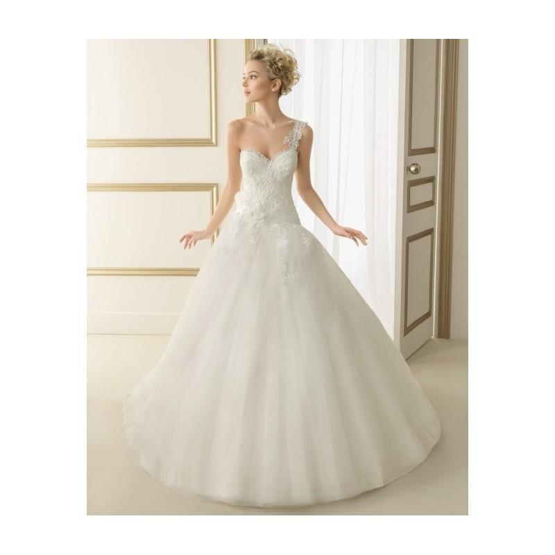 Wedding - 163 Estela (Luna Novias) - toutrobes.fr