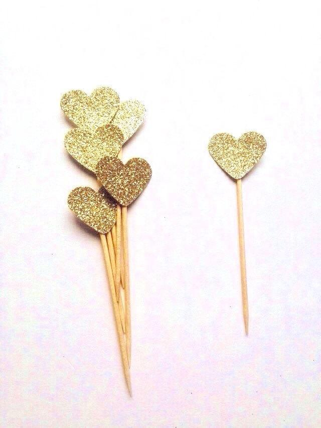Düğün - Pack of 12 mini gold glitter mini heart, valentines topper, wedding toppers, red heart topper, party, engagement toppers