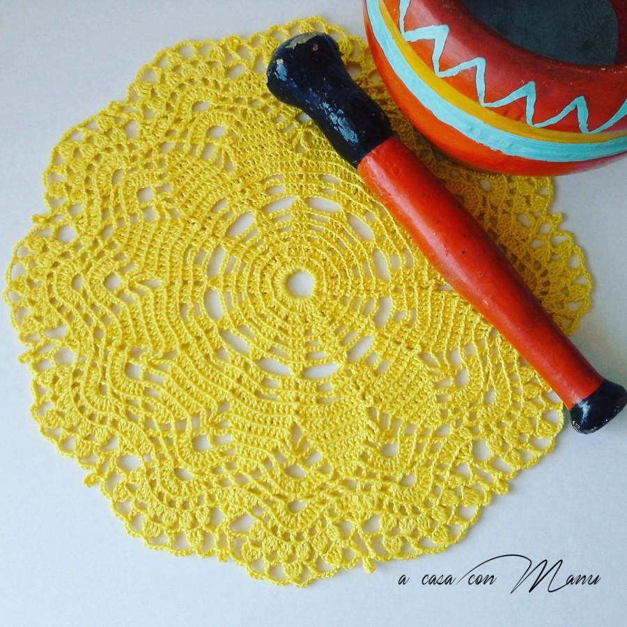 Mariage - Centrino giallo all'uncinetto -  Yellow crocheted doily - Doily -  Centrino realizzato a uncinetto  - Yellow - Handmade - Made in Italy