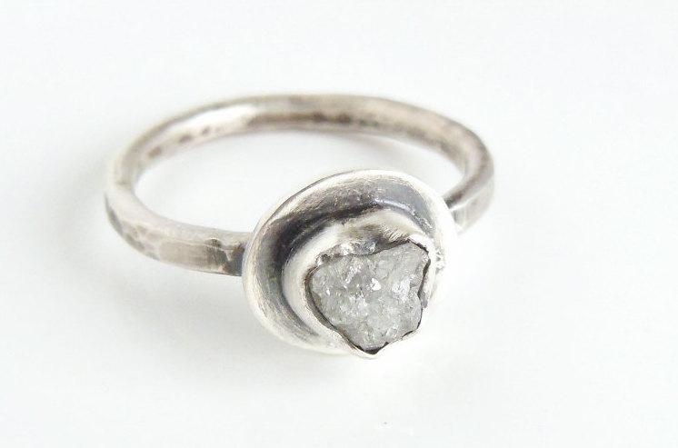 Свадьба - Rough Diamond Engagement Ring, White Diamond, Sterling Silver Gemstone Ring, Unique Rustic Ring