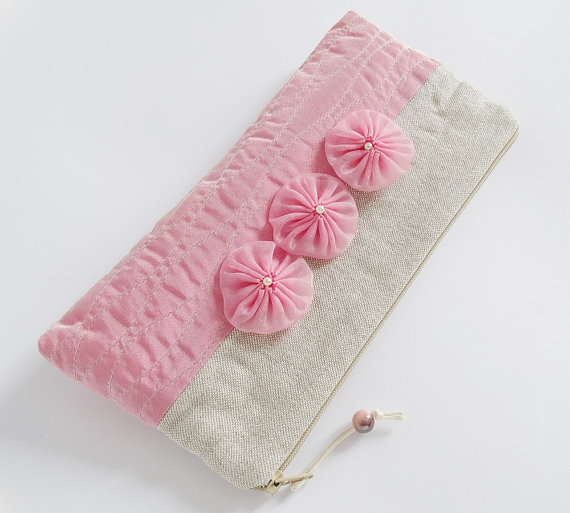 Свадьба -    Clutches  of 6  Rustic Wristlets With Flowers