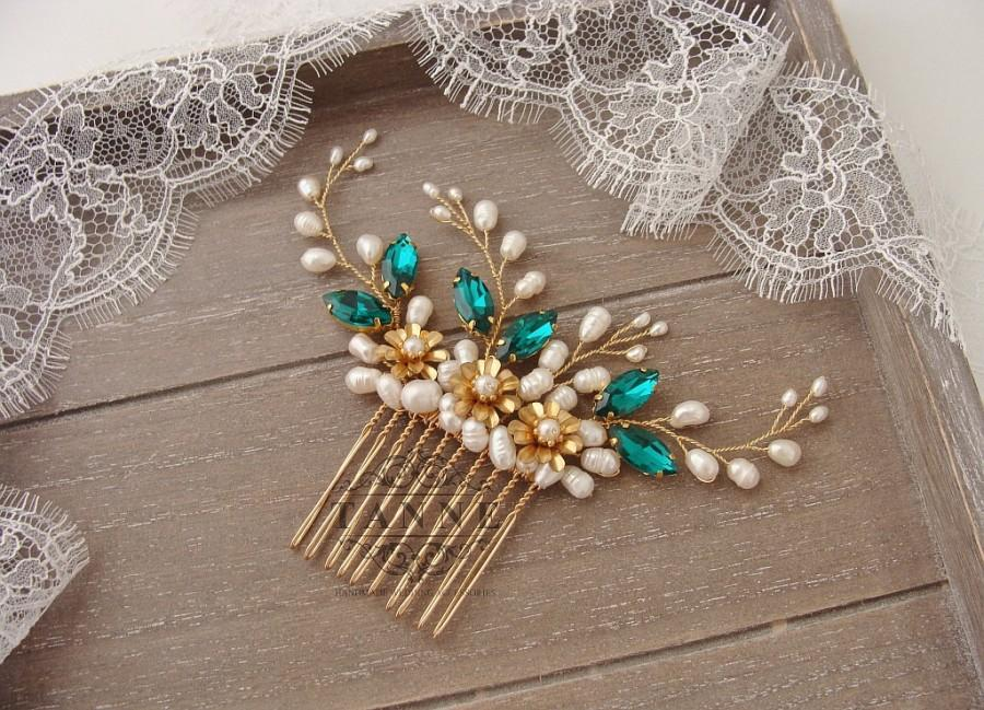 Свадьба - Emerald Green Hair Comb with Pearls, Emerald Bridal Comb, Green Crystal Comb, Gold Emerald Wedding Hair Accessories, Floral Vines Hair Piece