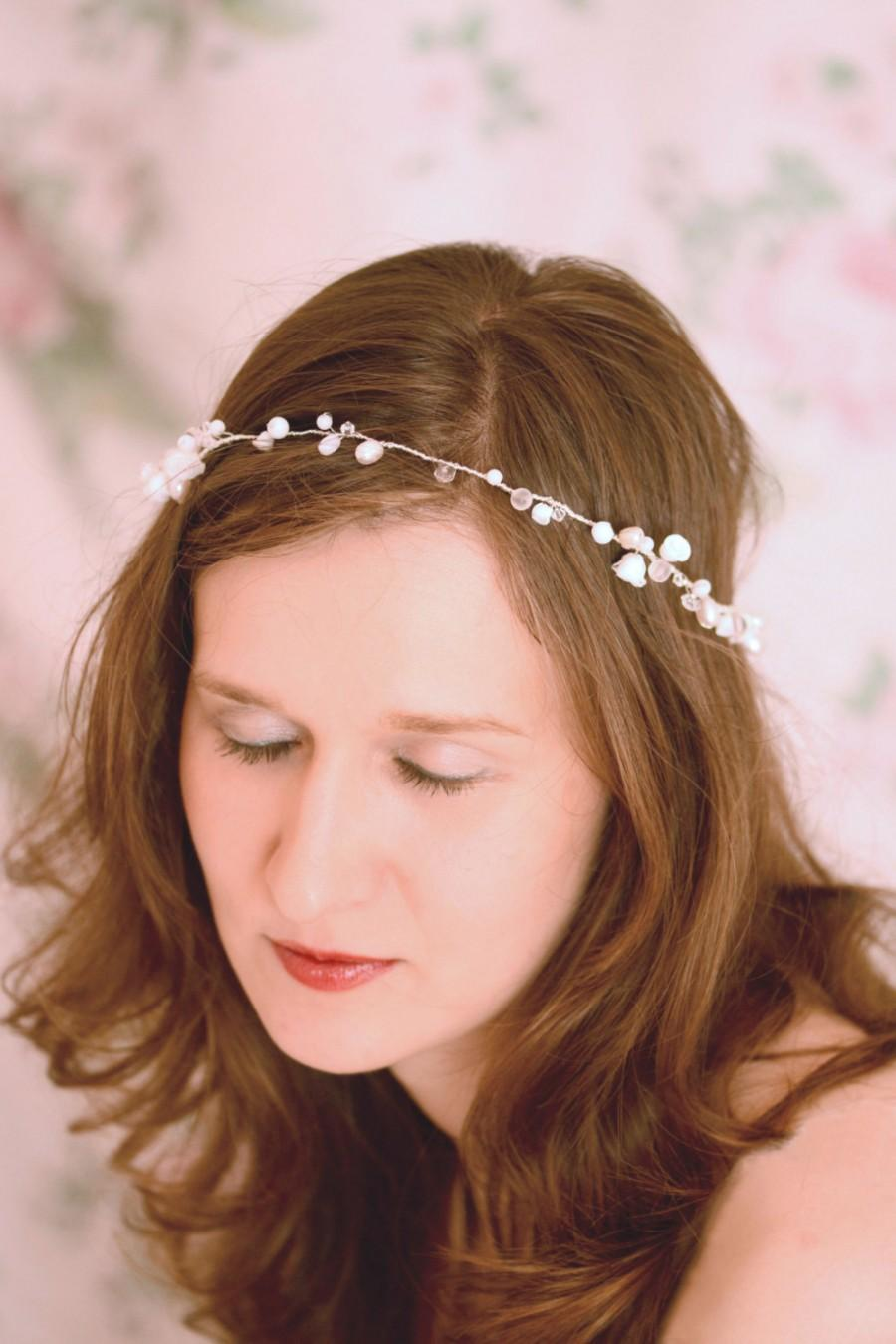 Свадьба - Bridal headpiece- Wedding hair accessory - Floral hair accessory - Bridal tiara - Bridal headband - Wedding headpiece - Bridal wreath