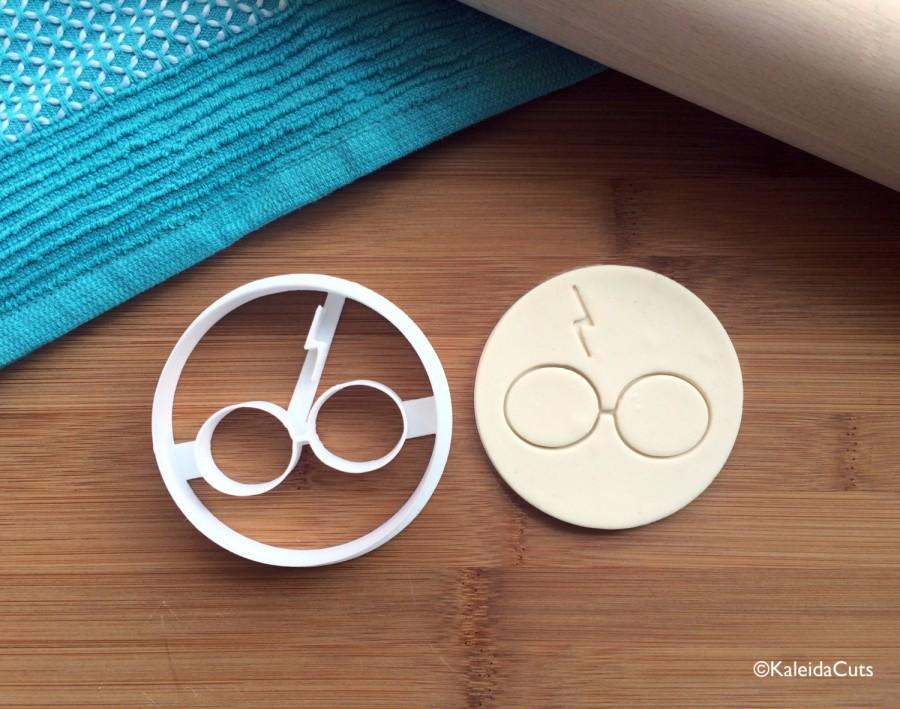 Wedding - Harry Potter Cookie Cutter. Harry Potter Cookies. Harry Potter Gifts. 3D Printed. Birthday Cookies. Custom Cookies. Cookie Mold.