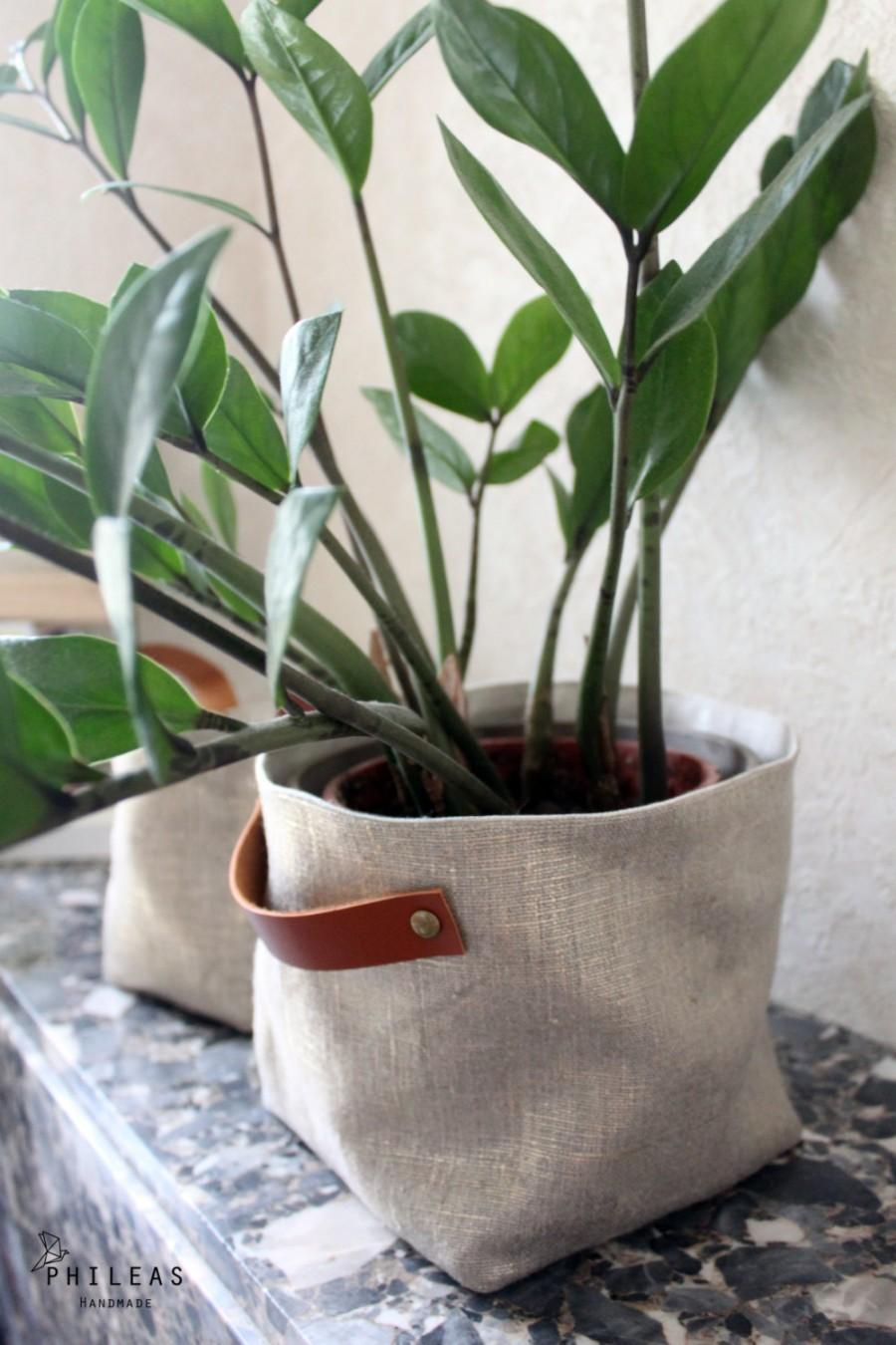 Wedding - The large Linen Box - large box basket, storage, or plant pot, in linen labeled Sanelin and Golden iridescent linen, camel leather handles