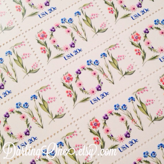 Mariage - Set of 10 unused Floral Love stamps from 1982. Perfect for wedding invitations