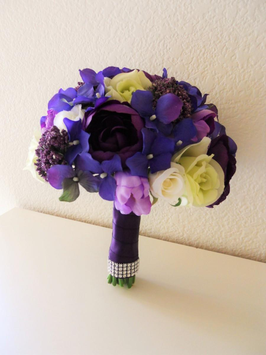 Mariage - Shade of Purple Bridal Bouquet